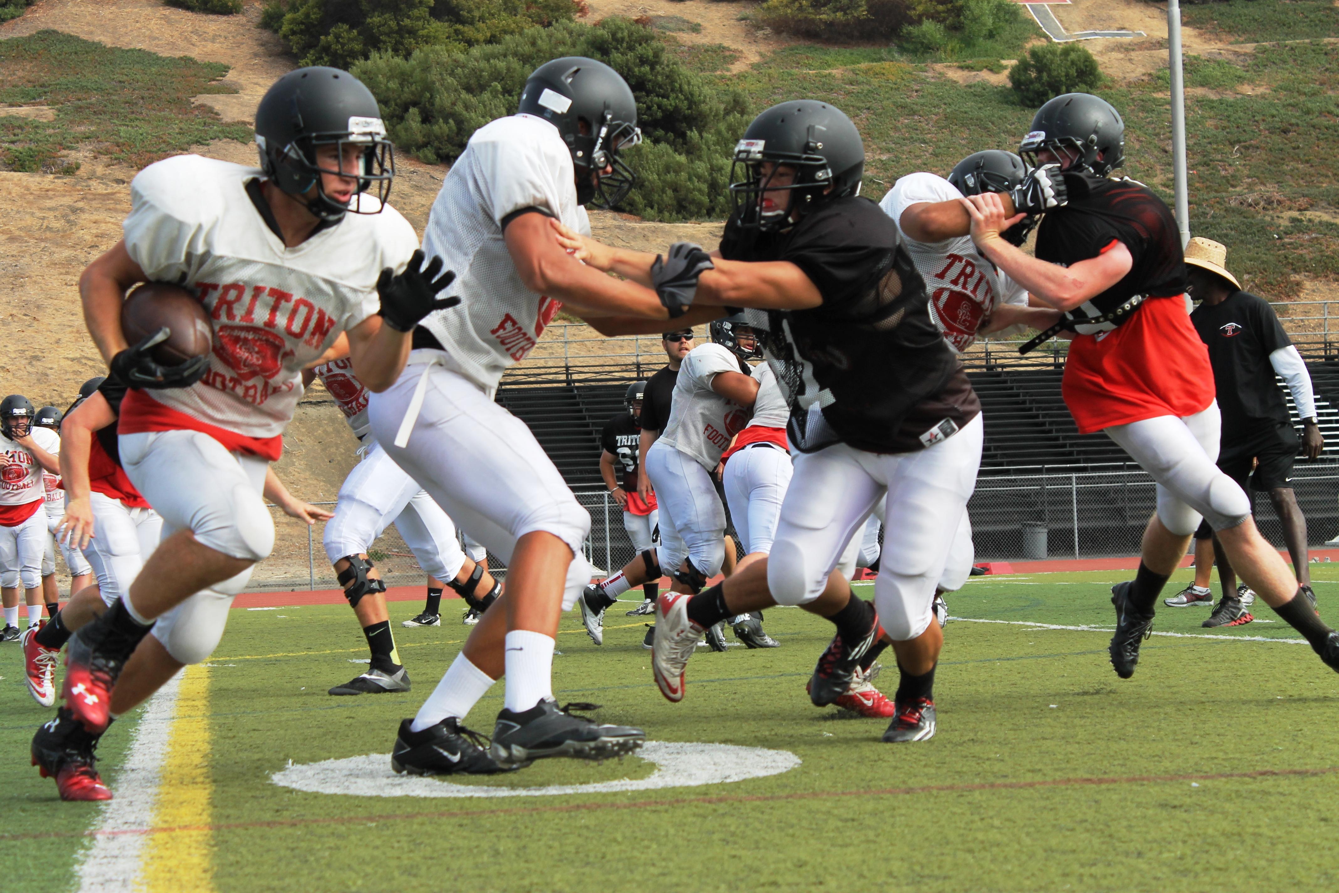 Dana Hills Football  San Clemente Times