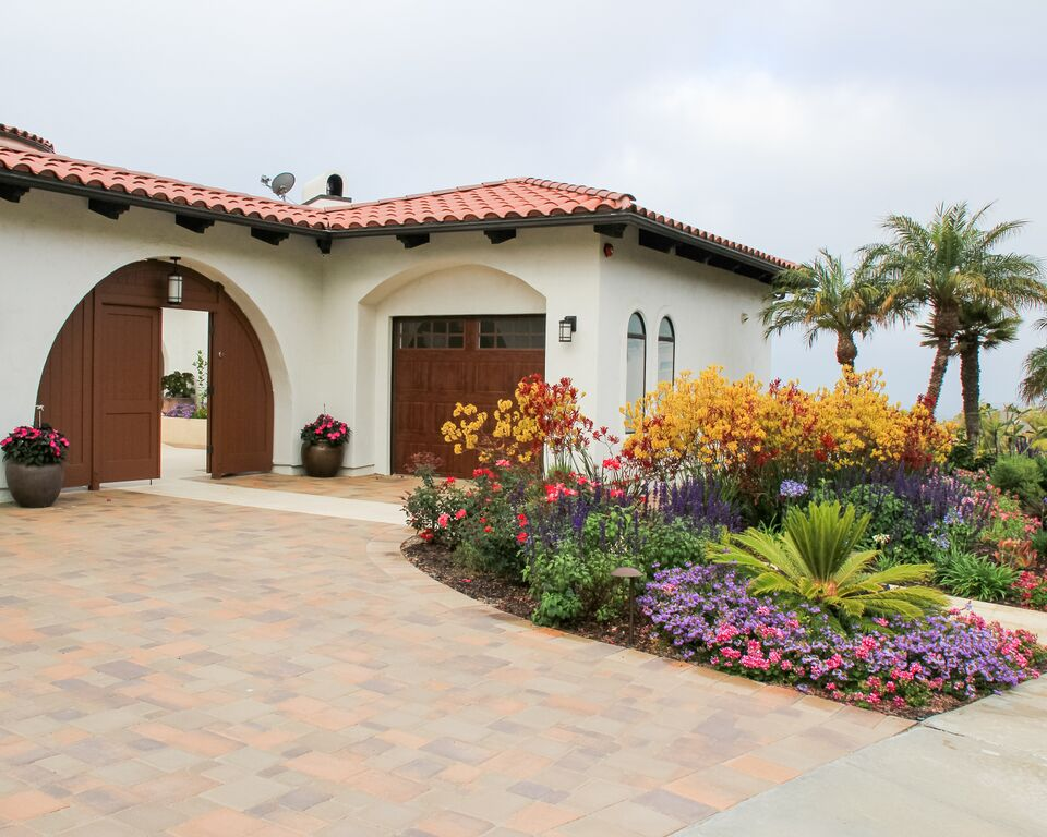 Landscapers Win Award For San Clemente Project   San Clemente Times