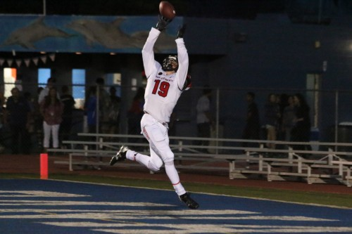 San Clemente senior receiver Liam Eldridge makes a leaping touchdown catch against Dana Hills on Sept. 11. Photo: Eric Heinz