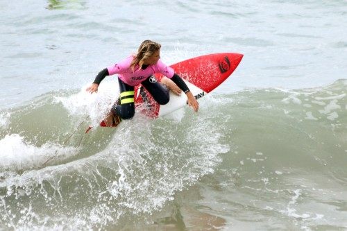Noah Brown of San Clemente rips at the Seafest Surf Contest, Sunday, Oct. 4 at the San Clemente Pier. Photo: Eric Heinz