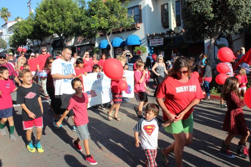 Students march in the Red Ribbon Week parade last year down Avenida Del Mar. This year's parade will take place on Monday, Oct. 26 at the top of Avenida Del Mar. Photo: File