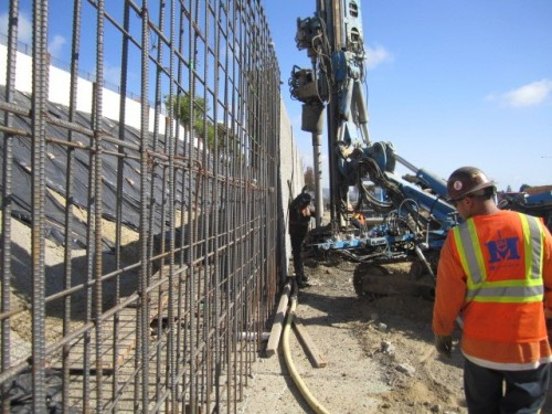 Crews work on the extension of the Avenida Pico I-5 project. Closures of the southbound ramps begin this weekend. Photo: Courtesy of OCTA