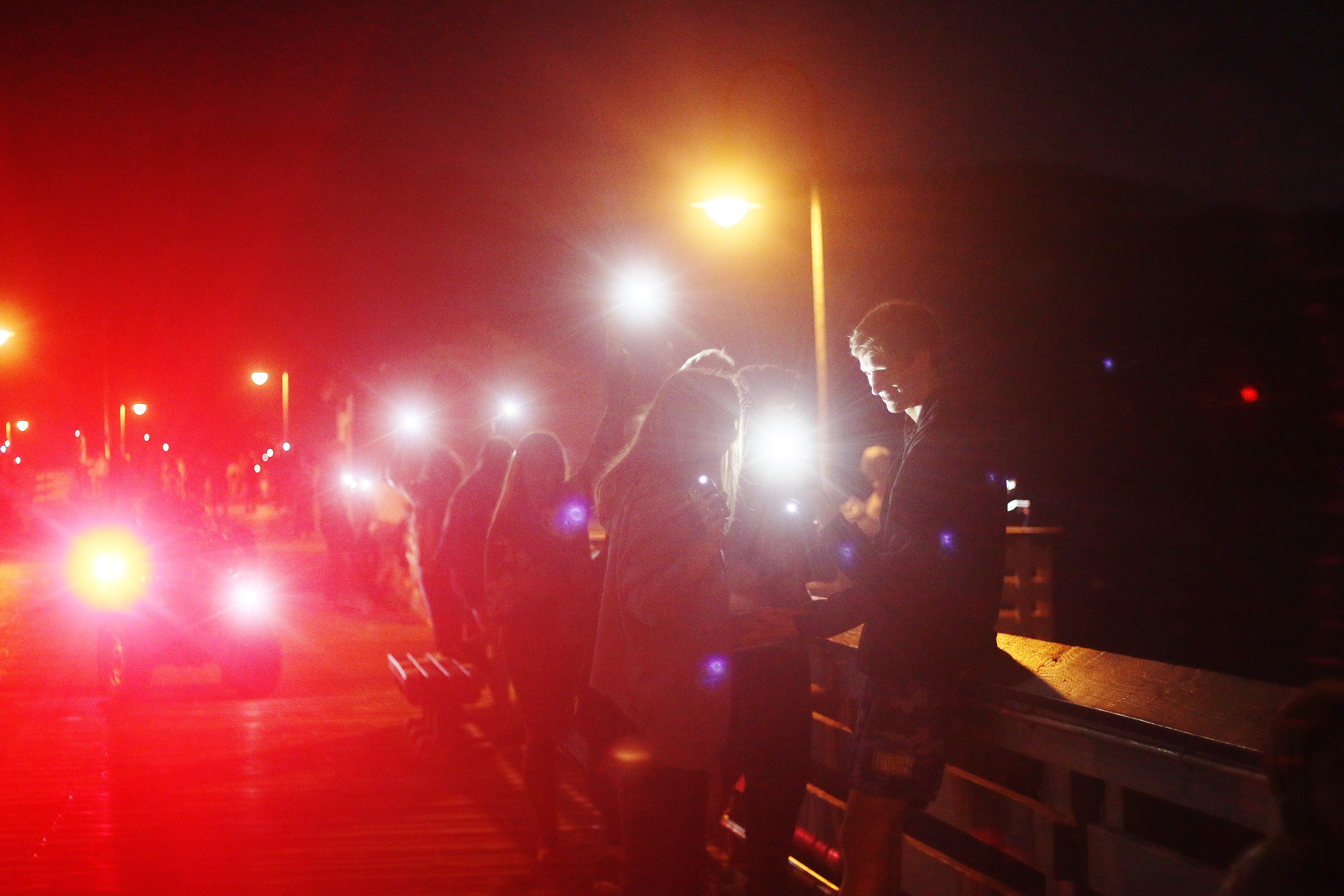 San Clemente High School students lined the San Clemente Pier on Aug. 22 to show support for Pier Pride, a nonprofit that raises funds for the structure's maintenance. Photo: File