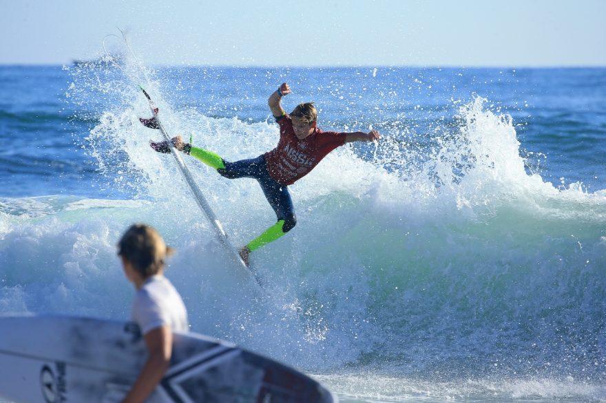 Surf (1280x846)