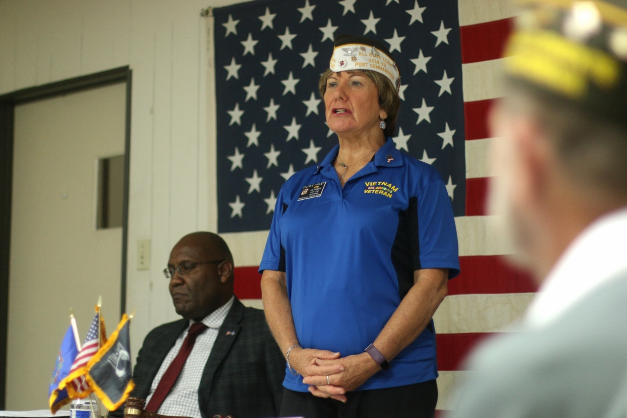 VFW Post 7142 Commander Dolores Padgett speaks during a board of trustees meeting on Aug. 9, at the Elks Lodge in San Clemente. Photo: Eric Heinz