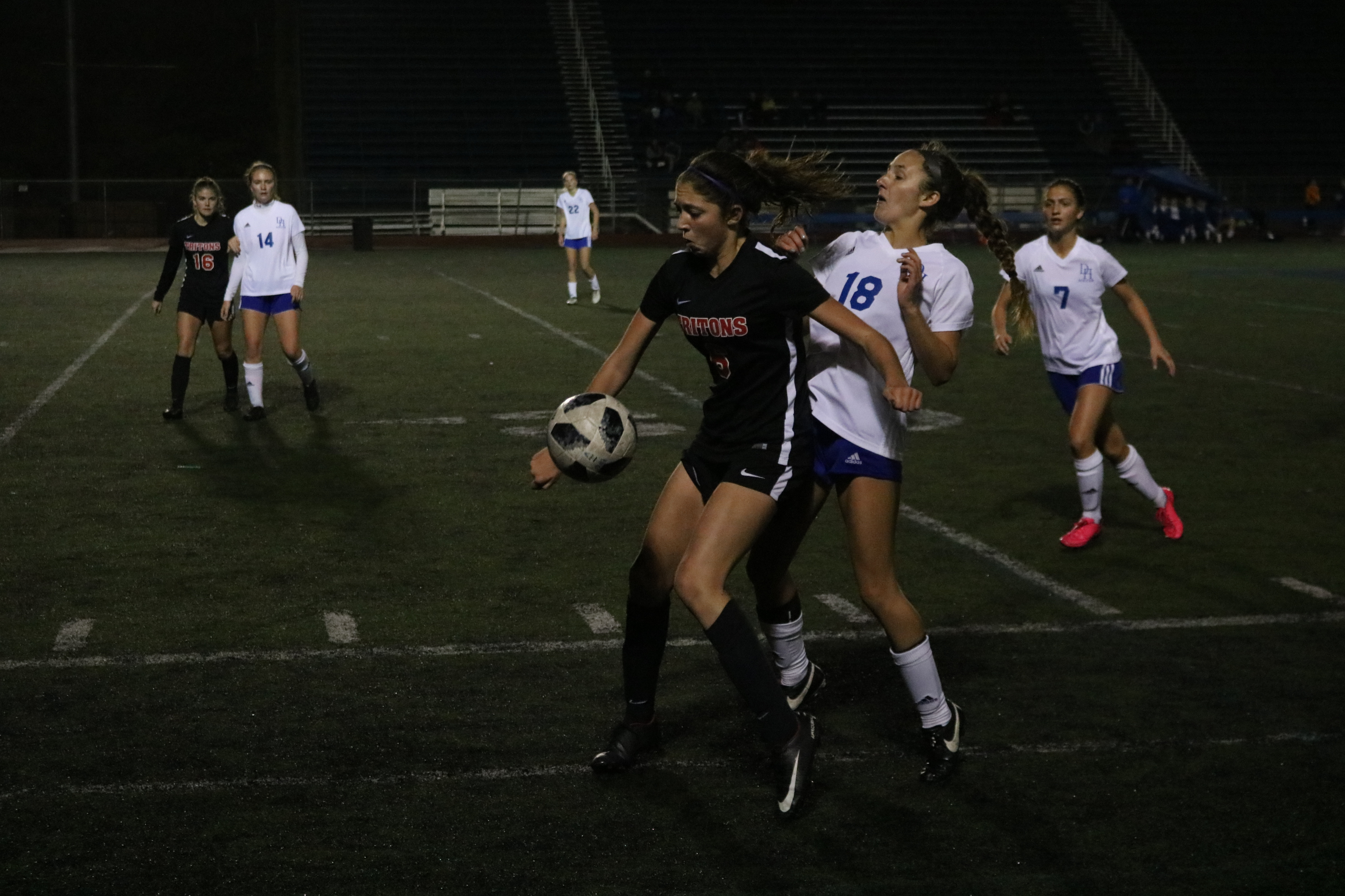 San Clemente's Maxine Davey protects the ball from a Dana Hills player. San Clemente tied Dana Hills, 1-1, on Jan. 9 at Dana Hills High School. Photo: Zach Cavanagh
