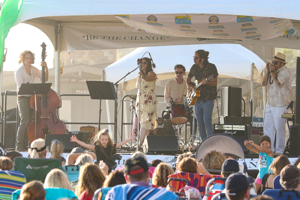 The band MoonShine performed at the beach concert on Saturday, July 21, at the San Clemente Ocean Festival. Photo: Eric Heinz