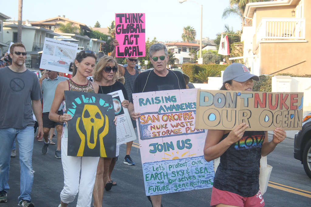 Various activist groups held an impromptu protest about the storage of spent nuclear fuel at SONGS and safety measures on Aug. 11 in San Clemente. Photo: Eric Heinz