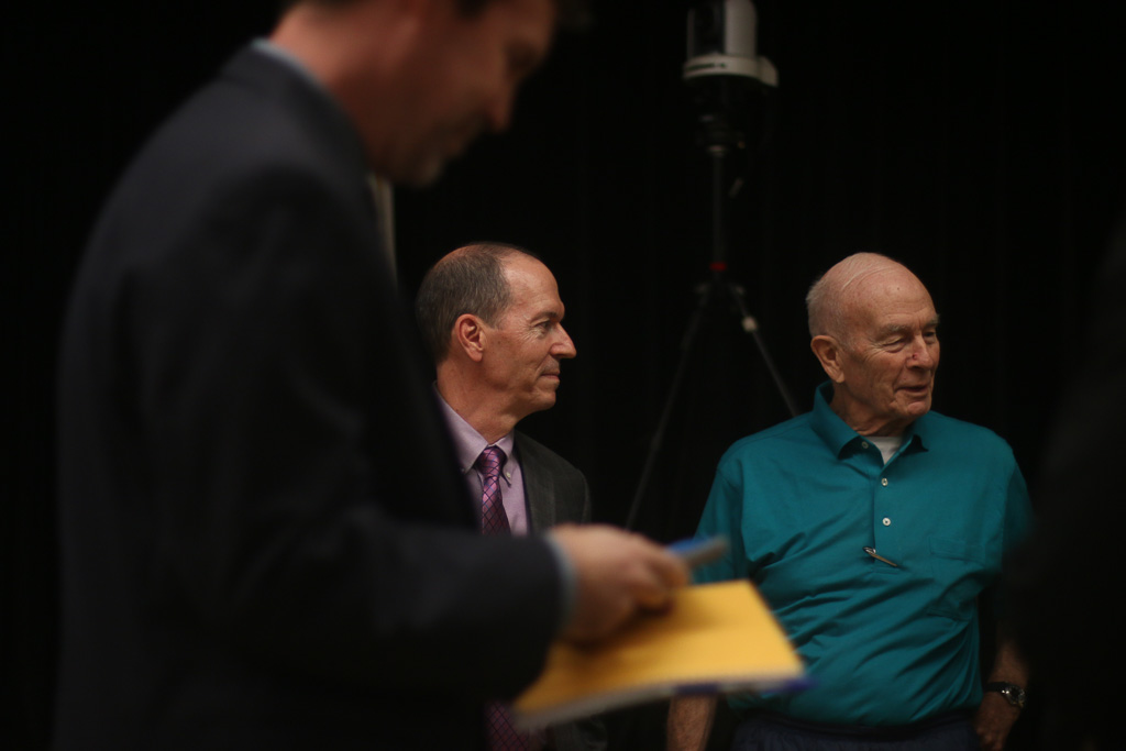 David Speirs, left, the HNTB project director, speaks with San Clemente resident and former Planning Commissioner Lew Avera prior to the start of the Toll Road Town Hall on Oct. 24. Photo: Eric Heinz