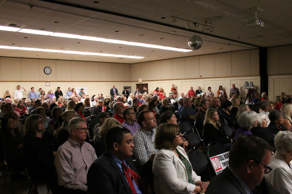 Hundreds of San Clemente residents attended the Toll Road Town Hall forum hosted by the city of San Clemente on Oct. 24. Photo: Eric Heinz