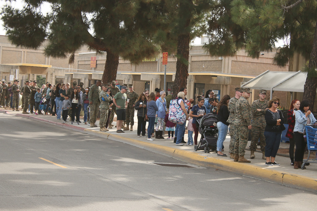 People lined up Monday morning, Nov. 19, at the Camp Pendleton Commissary off Basilone Road to receive Thanksgiving meals provided by the San Clemente Military Family Outreach. Photo: Eric Heinz