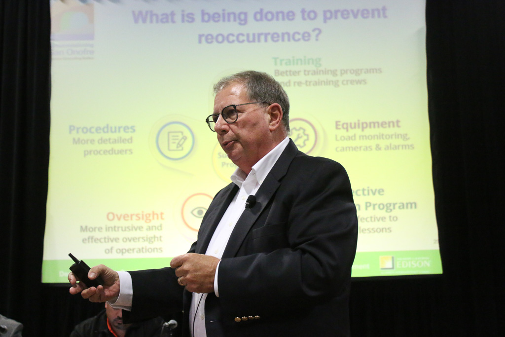 Tom Palmisano, the vice president of decommissioning and chief nuclear engineer for Southern California Edison, speaks about the improvement process his company is making to the storage of spent nuclear fuel during the CEP meeting on Nov. 29 in Oceanside. Photo: Eric Heinz