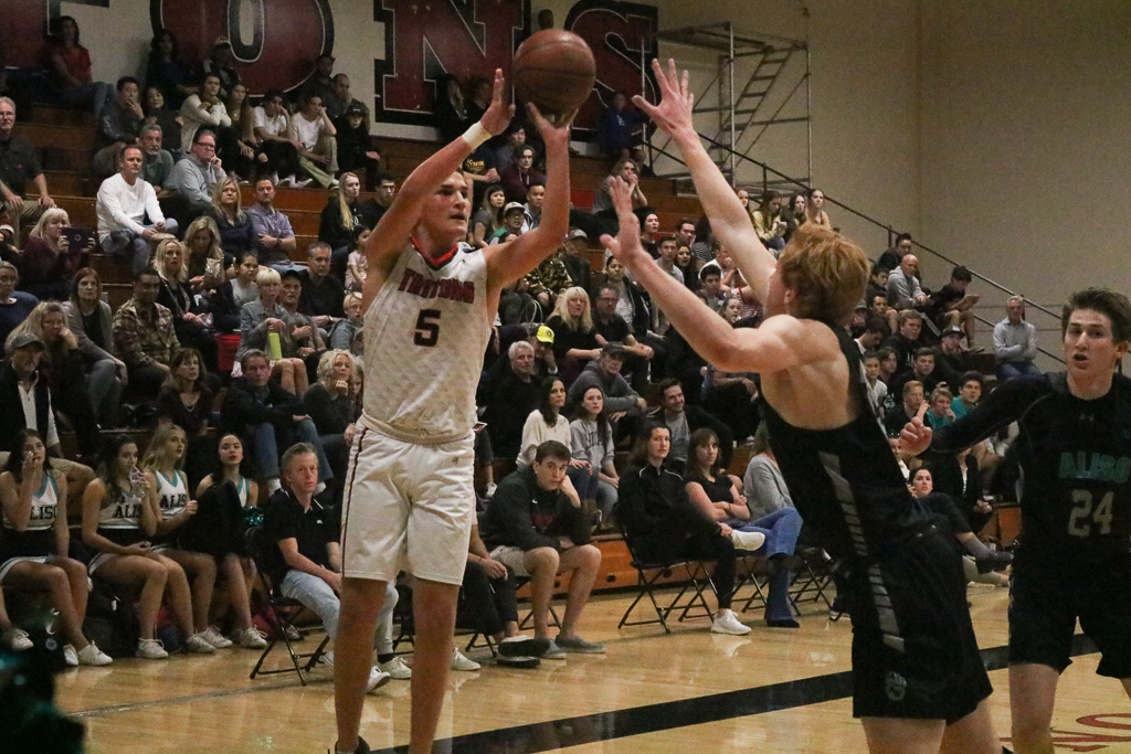 Senior Anthony Smetona will be counted on as a strong scorer for the San Clemente boys basketball team. Photo: Zach Cavanagh
