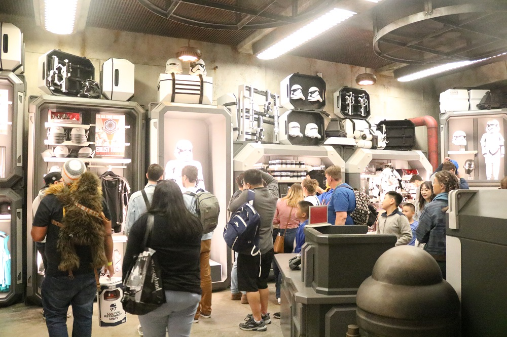 Galaxy's Edge 21 - First Order Store